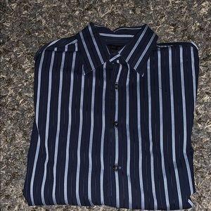 Axist Modern Fit Long Sleeve button down shirt